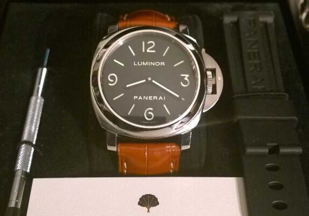 Neil T - Panerai Luminor 112